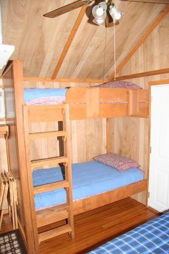 Bunkhouse Rainbow Lake Cabin And Rv Resort