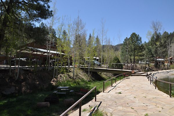Cabin and RV Space Rental Ruidoso