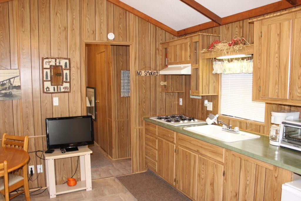 Cabin 32 Int. 4