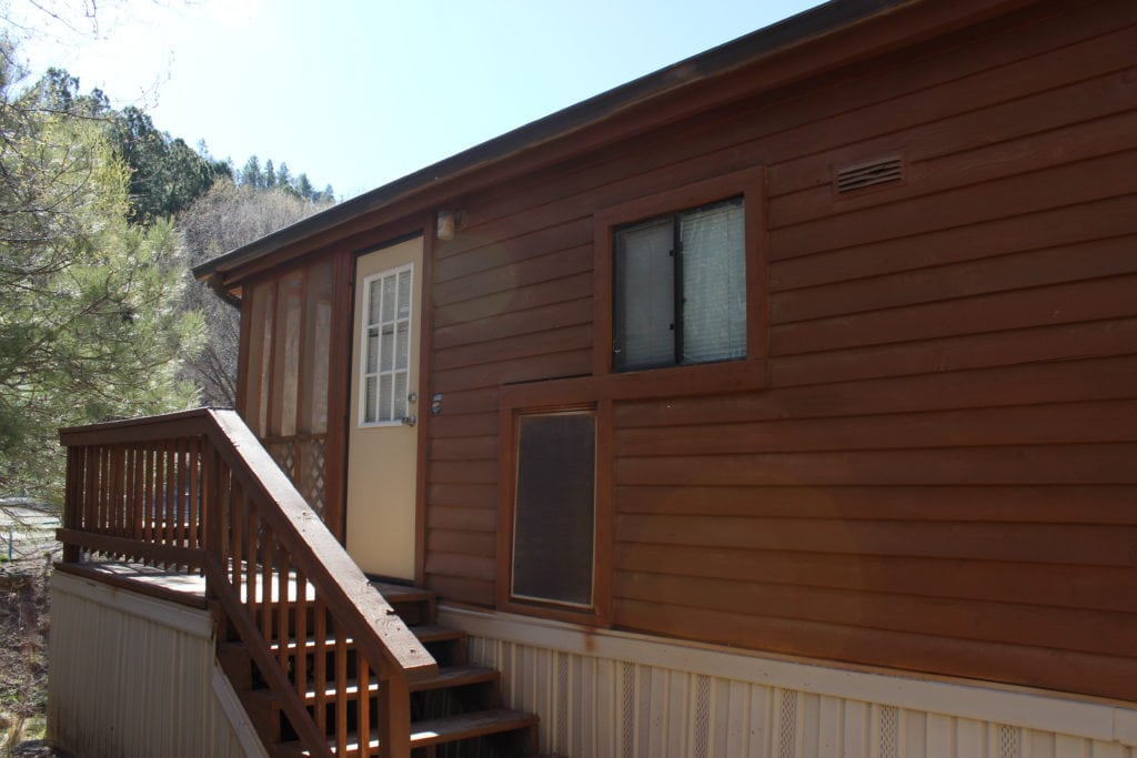 Cabin 32 Porch